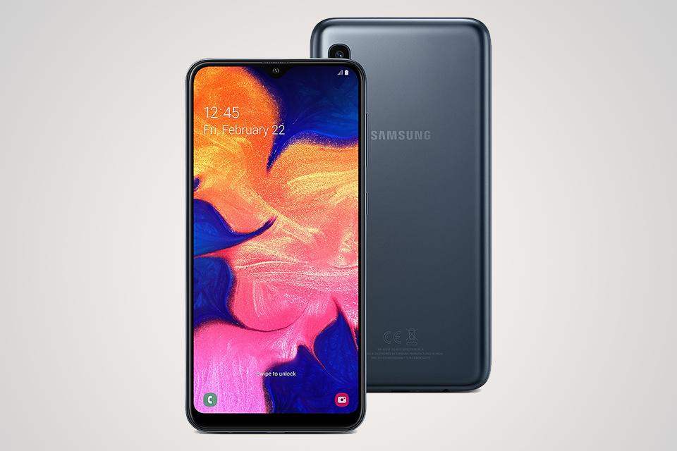 Qual smartphone comprar: Galaxy A10 é opção para perfis básicos que buscam um design mais atualizado.