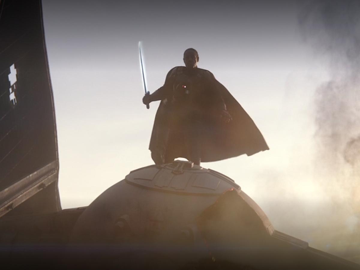 Moff Gideon com o Darksaber. (Fonte: Lucasfilm/Reprodução)