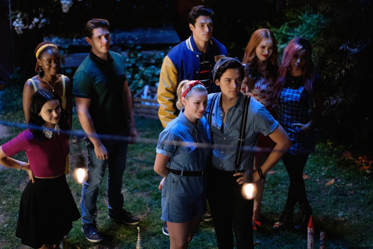 Riverdale é uma das séries adolescentes mais adoradas da atualidade