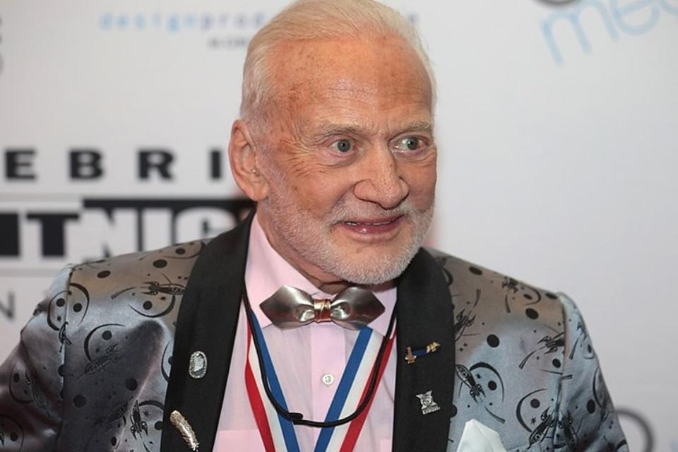 Buzz Aldrin conta como foi ficar em quarentena após viagem à Lua