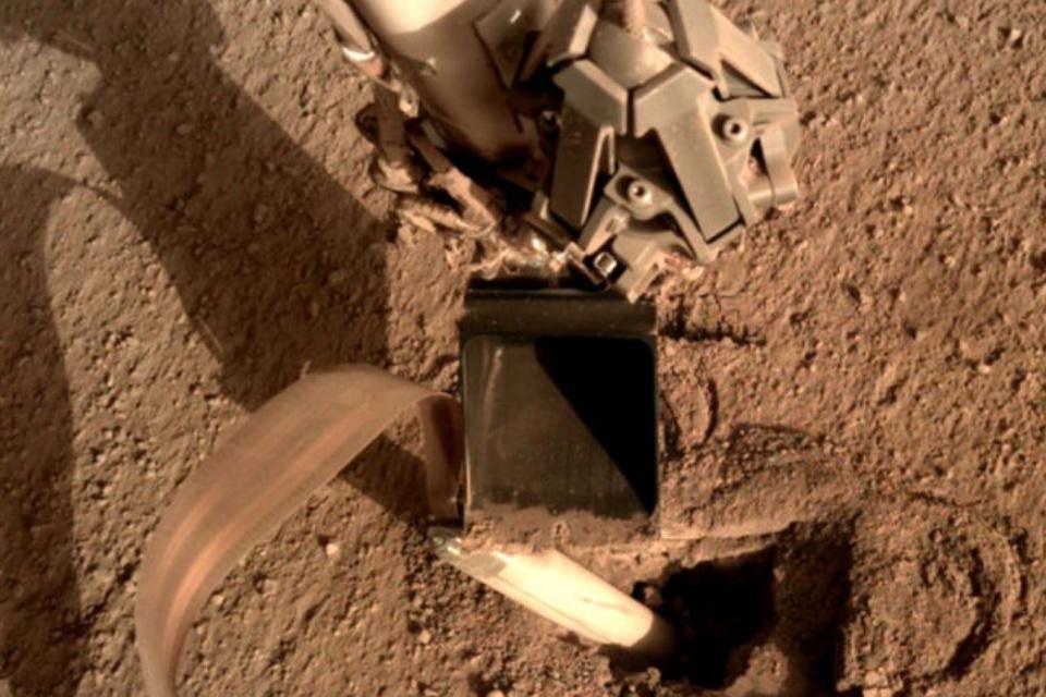 NASA recupera sonda em Marte com pancada