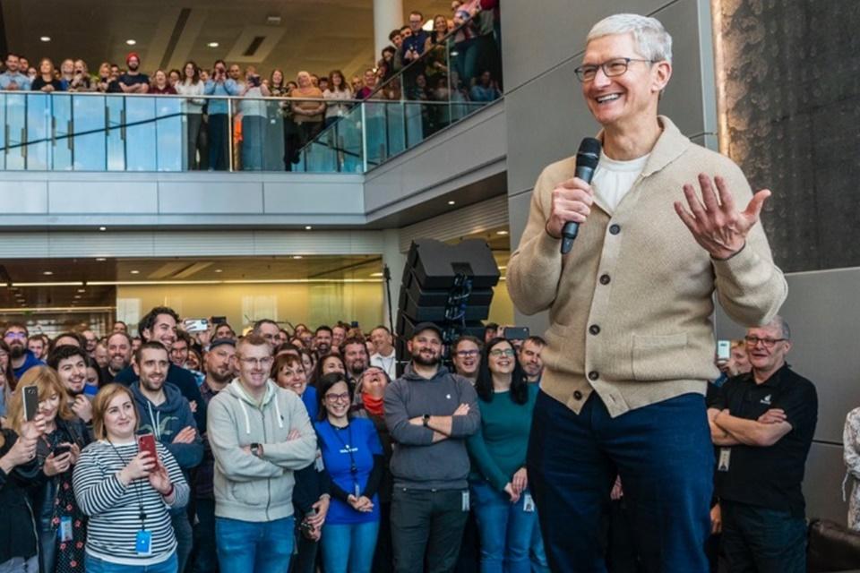Apple faz doações para conter COVID-19; Razer vai fabricar máscaras