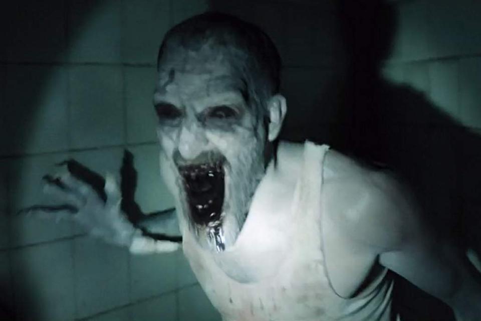 Ghoul — Trama Demoníaca