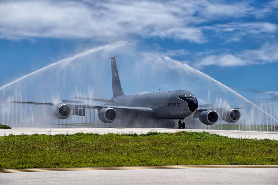 Como a limpeza de aviões é feita tão rapidamente?