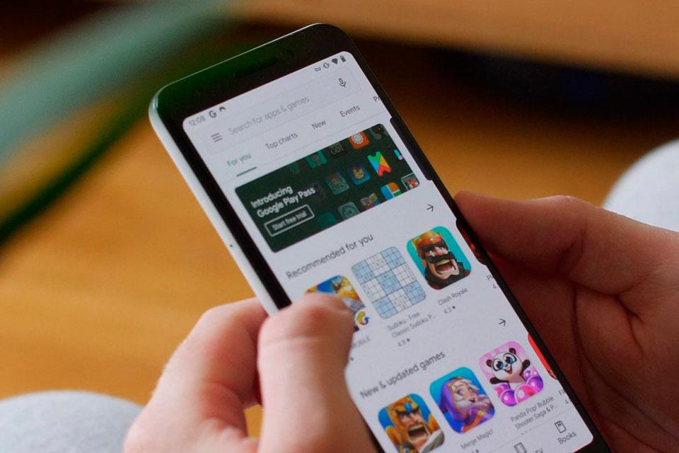 Malware presente em 56 apps consegue driblar segurança do Android