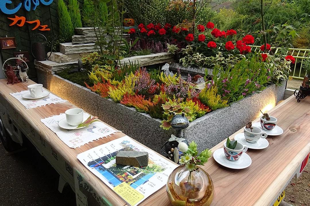 Concurso japonês de jardinagem leva o paisagismo para caminhões