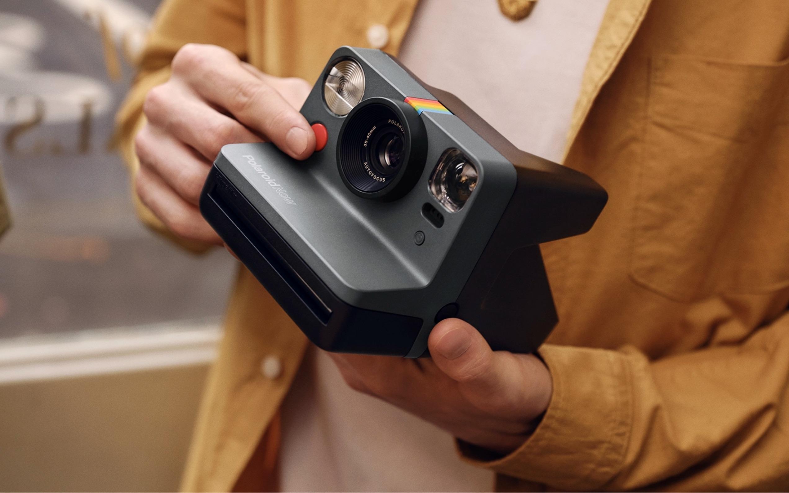 Polaroid anuncia retorno com nova câmera instantânea de US$ 100