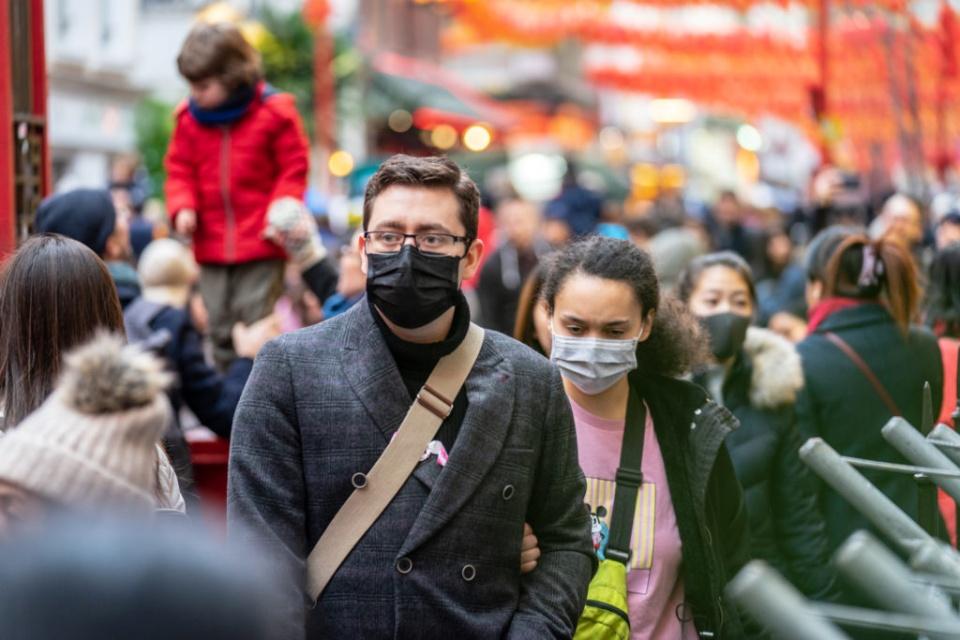 Quase 3 mil infectados: Brasil um mês após 1° caso de Coronavírus