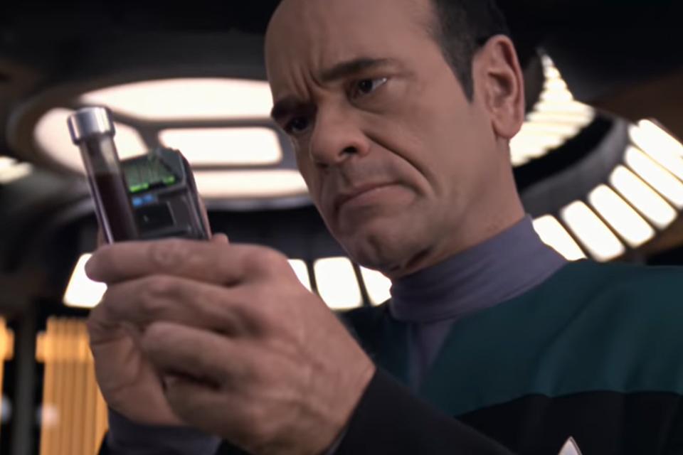 Star Trek Voyager: fã cria versão 4K com ajuda de IA; confira
