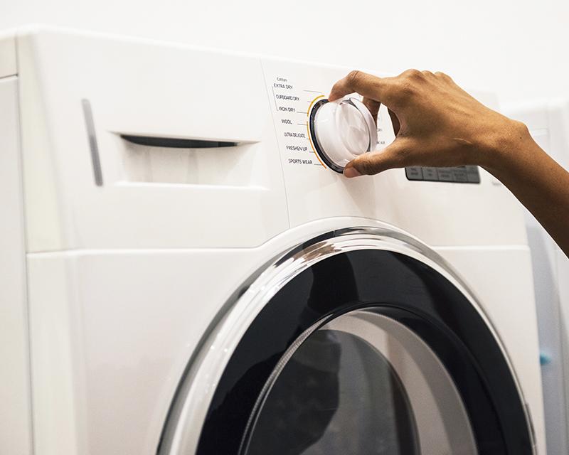 Avaliar funcionalidades, capacidade e preço estão entre os itens mais importantes para escolher a melhor lavadora