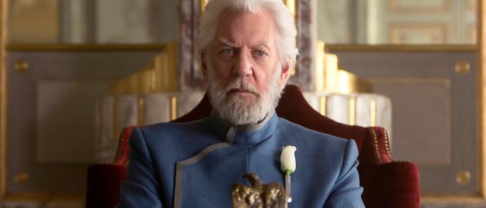 Donald Sutherland é o presidente Snow, na franquia Jogos Vorazes (Lionsgate/Reprodução)