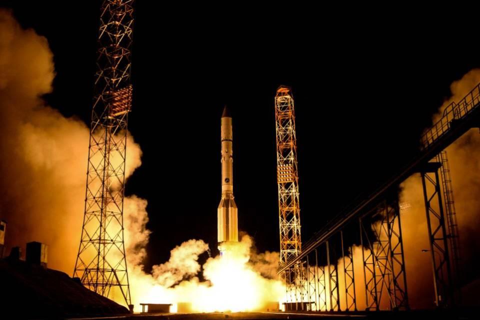 Foguete russo se desintegra no espaço e deixa detritos em órbita