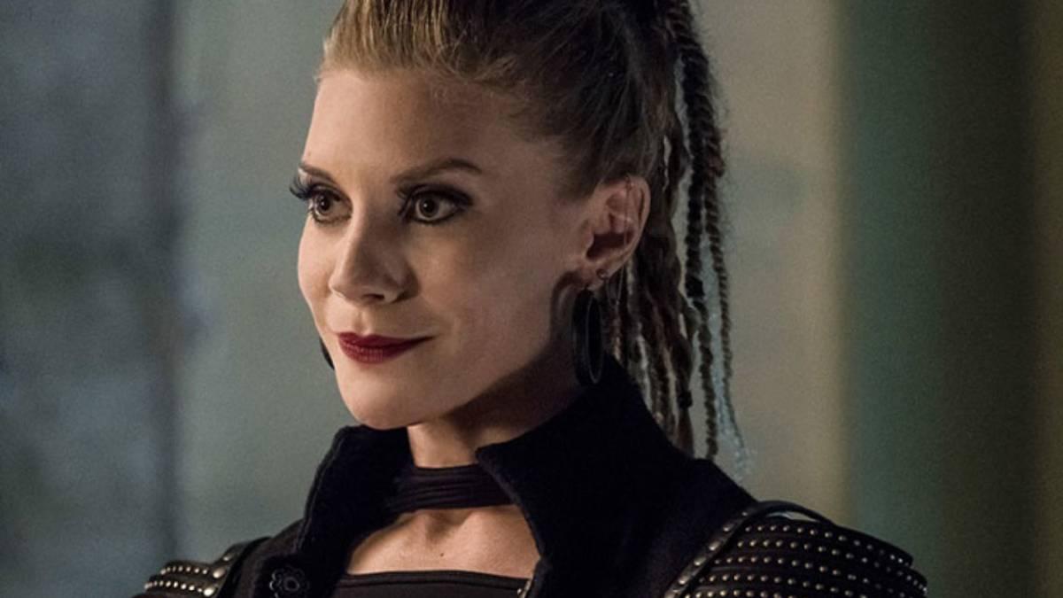Katee Sackhoff em The Flash (CW/Reprodução)