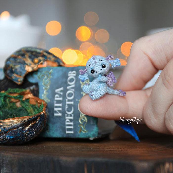 Os mini dragões de crochê de Nansyoops vão roubar seu coração!