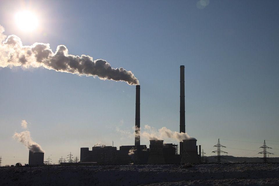 Emissões de carbono caem aos níveis de 2006 por causa da pandemia