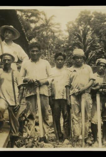 Trabalhadores em Fordlândia (TheHenryFord.com/Reprodução)