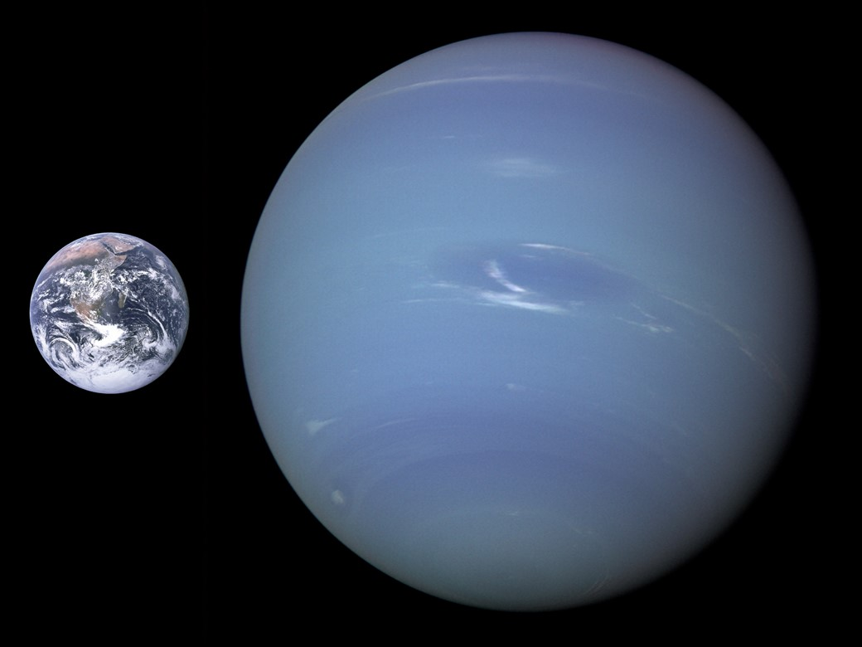 Netuno comparado à Terra – e é um gigante gasoso.