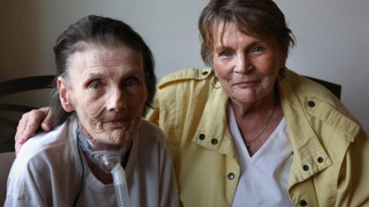 À esquerda, Sue Ellen Chalifoux (Fonte: NWI Times/Reprodução)
