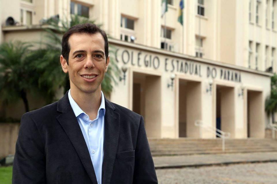 Bolsonaro deve indicar sócio da Multilaser como ministro da Educação