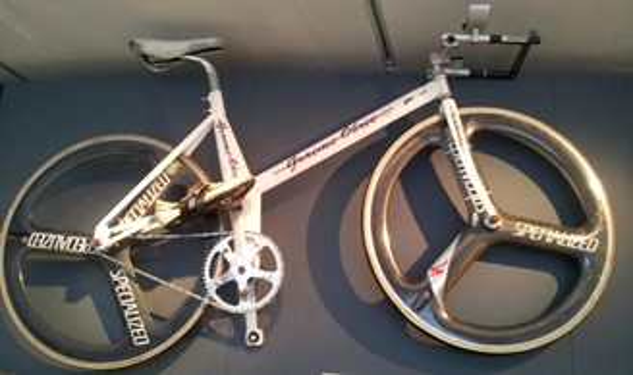 """A """"Old Faithful"""", bicicleta criada por Graeme Obree. (Fonte: The Next Web/Matthew Beedham/Reprodução)"""
