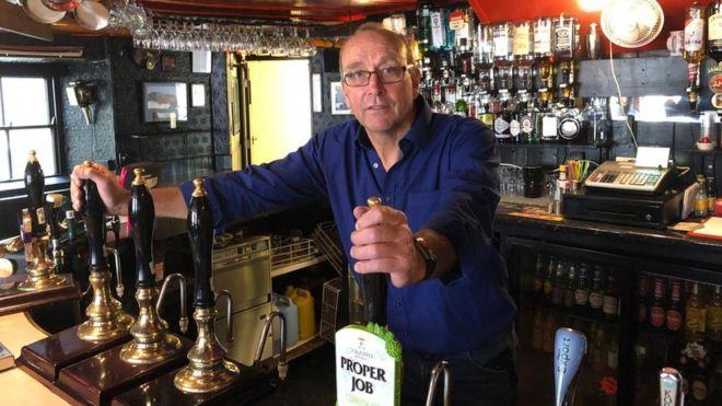 Jonny McFadden, o dono do The Star Inn. (Fonte:BBC/Reprodução)
