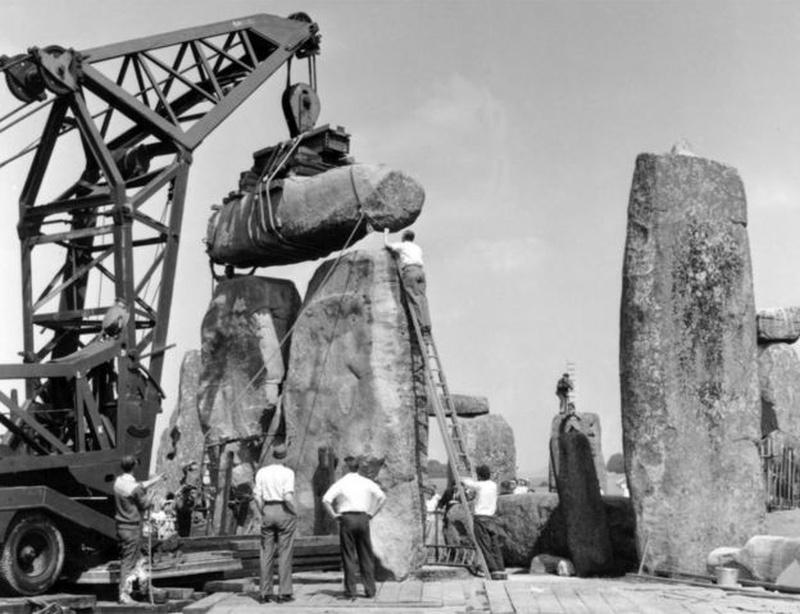 Retirada de pedras de Stonehenge em 1958