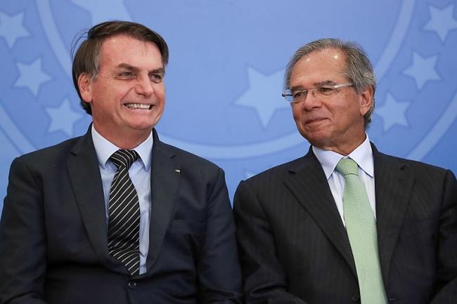 Bolsonaro deu aval a Guedes, mas não vai endossar campanha para o imposto.