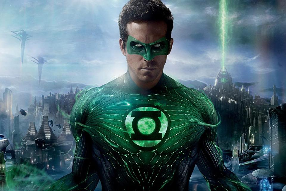 Lanterna Verde: Ryan Reynolds brinca com 'novo corte' do filme