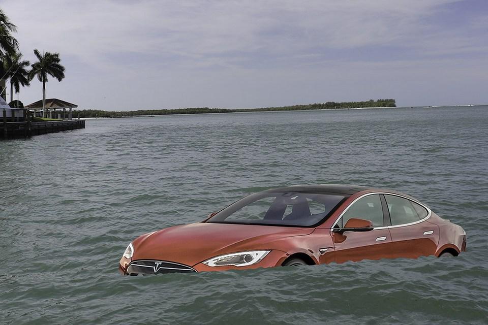Quem se sai melhor na enchente: Fusca ou Tesla Model 3?