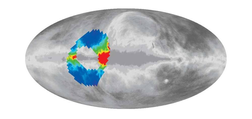 O ARCADE visualizou apenas 7% do céu, a parte colorida neste mapa de radiação do Universo (a Via Láctea atravessa o centro da imagem).