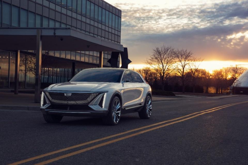 Cadillac elétrico LYRIQ é lançado com 500 km de autonomia