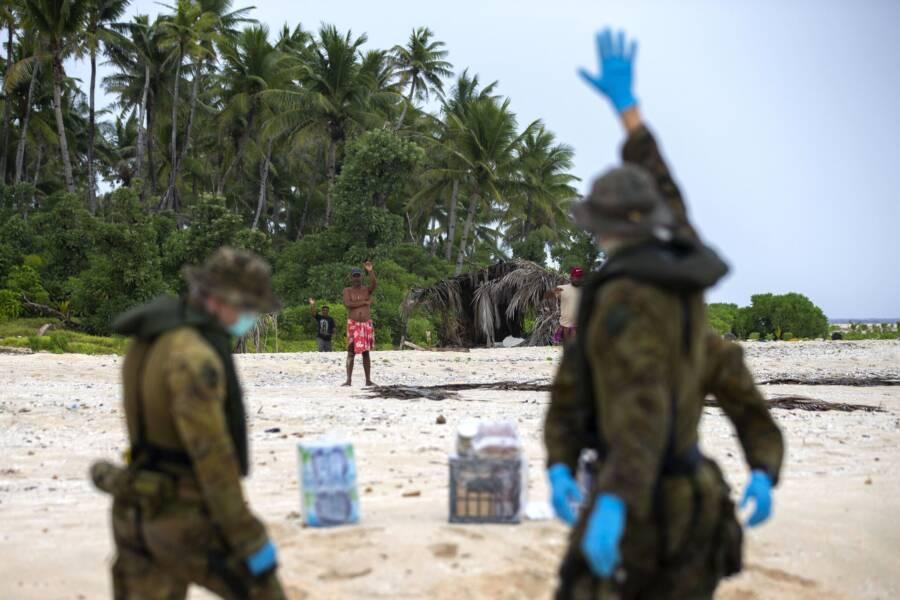 Os homens foram encontrados em boas condições. (Fonte: Australian Defence Force)