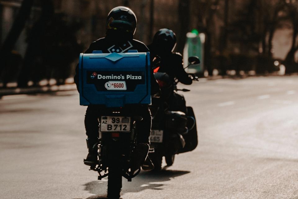Aluguel de motos em alta como fonte de renda alternativa na pandemia