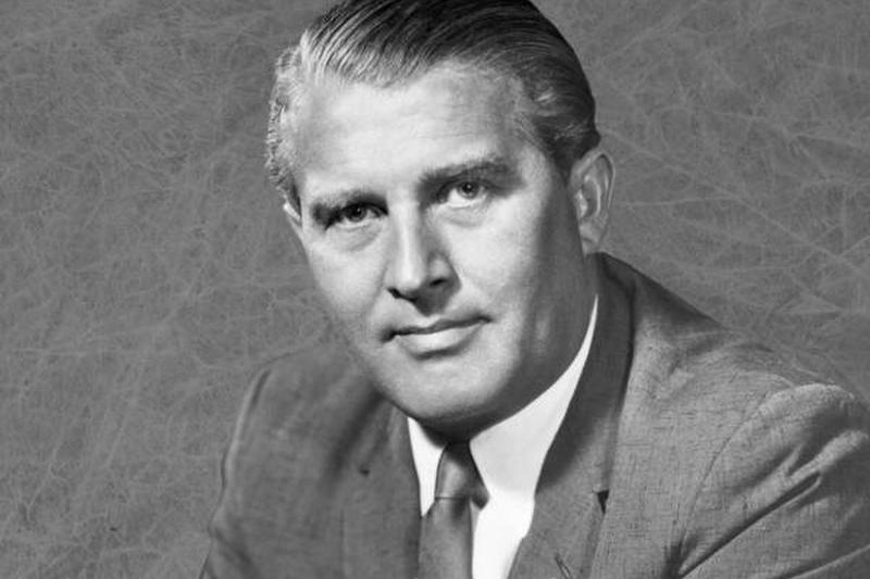 Wernher von Braun foi um dos mais celebrados cientistas da Lista de Osenberg