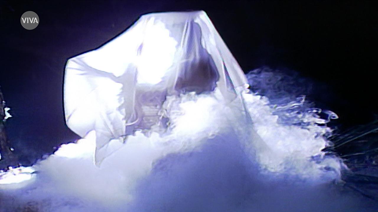 A Mulher de Branco assombrava os homens de Santana do Agreste (Fonte: Canal Viva/Reprodução)
