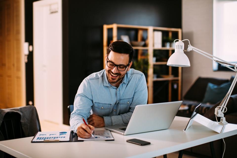 5 dicas de como montar um escritório profissional em casa