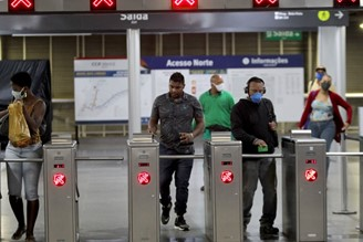 Public transport is one of the places most prone to contamination by the new coronavirus