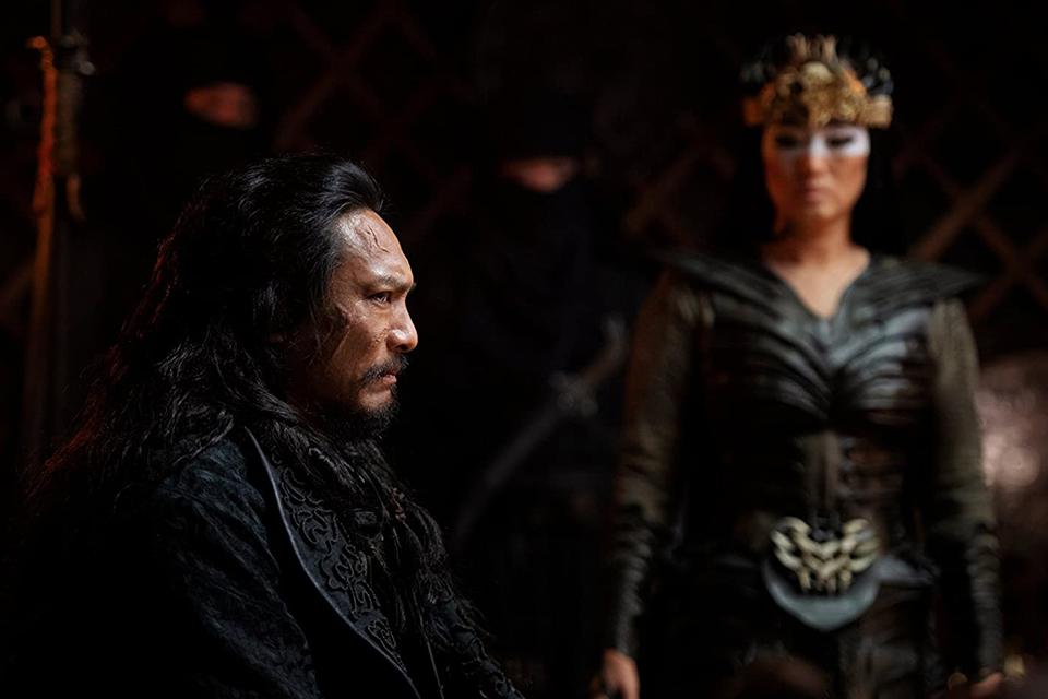 Os vilões Böri Khan e Xianniang