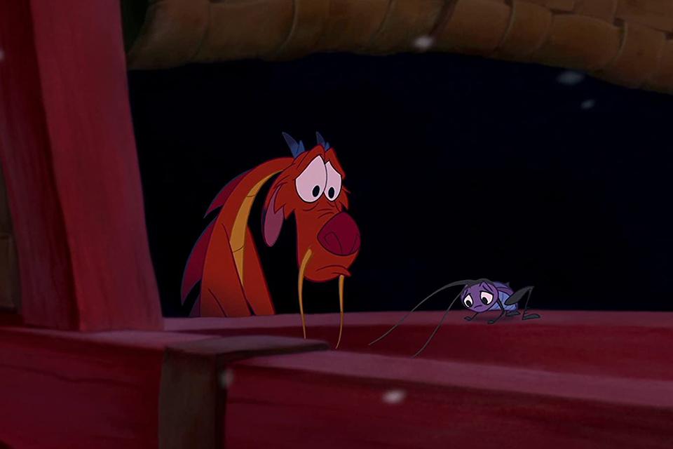 Mushu e Gri-Li na animação