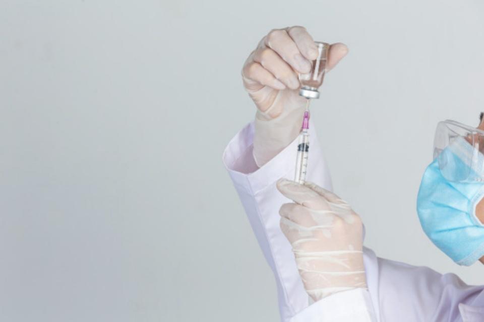 Vacina contra tuberculose será testada no combate à covid-19