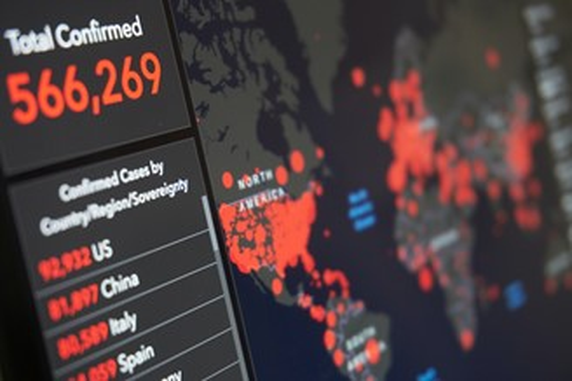 Instituições recorrem ao uso de Inteligência Artificial (IA) para obter dados relevantes ao combate à pandemia. (Fonte: Pexels)