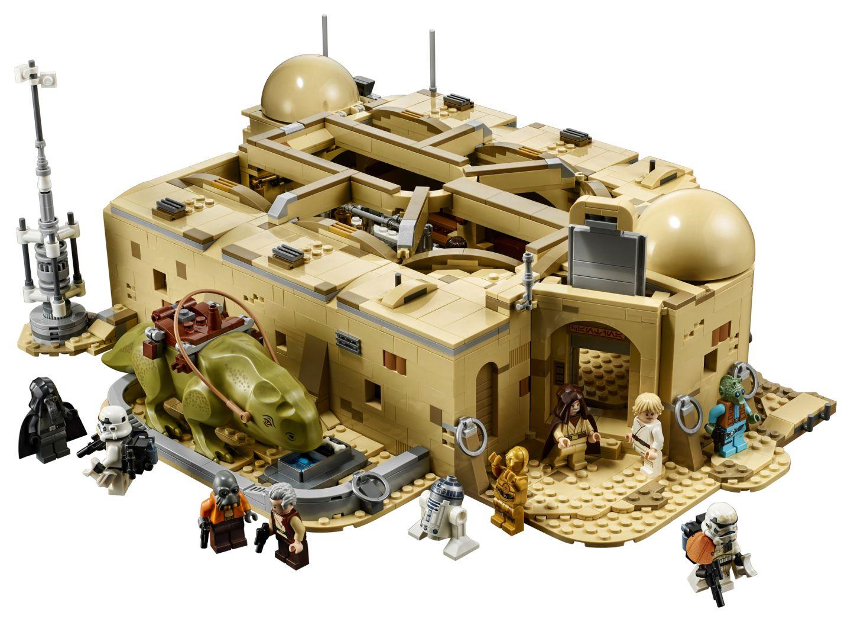 Formando a cantina de Mos Eisley completa por fora... (Fonte: LEGO/Divulgação)