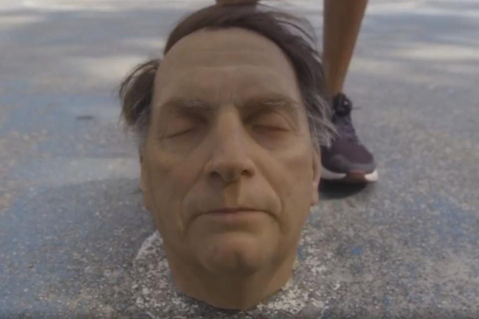 Réplica da cabeça do presidente brasileiro foi criada pelo artista espanhol Eugenio Merino (Fonte: Indecline/Reprodução)