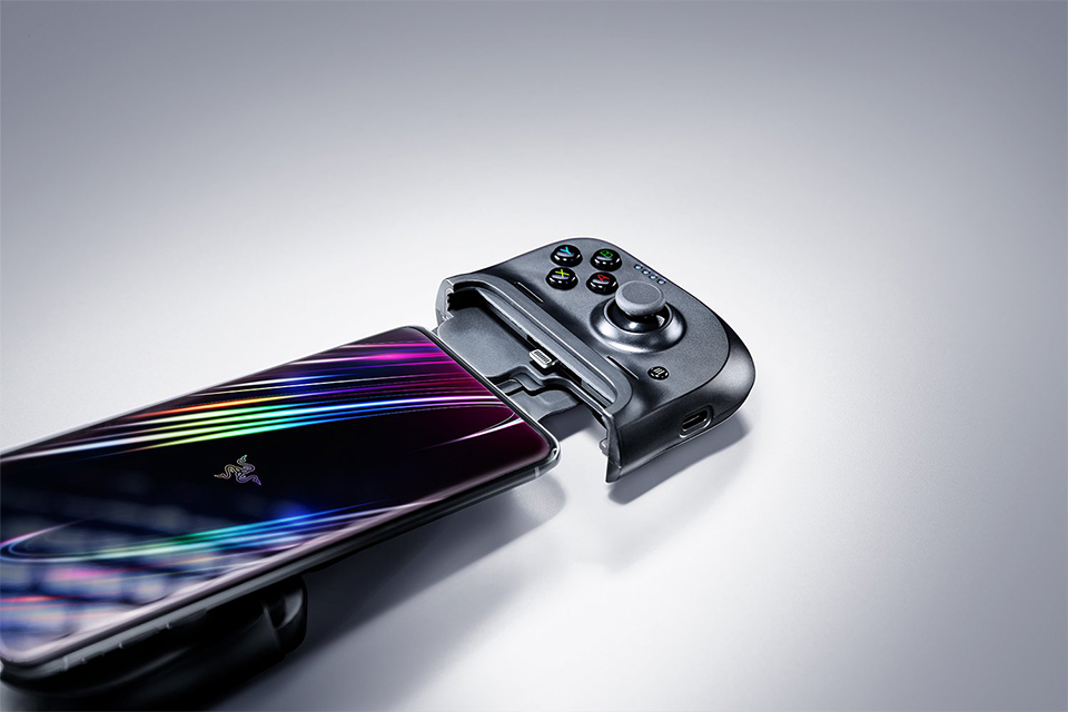 Razer anuncia versão do controle mobile Kishi para iPhones
