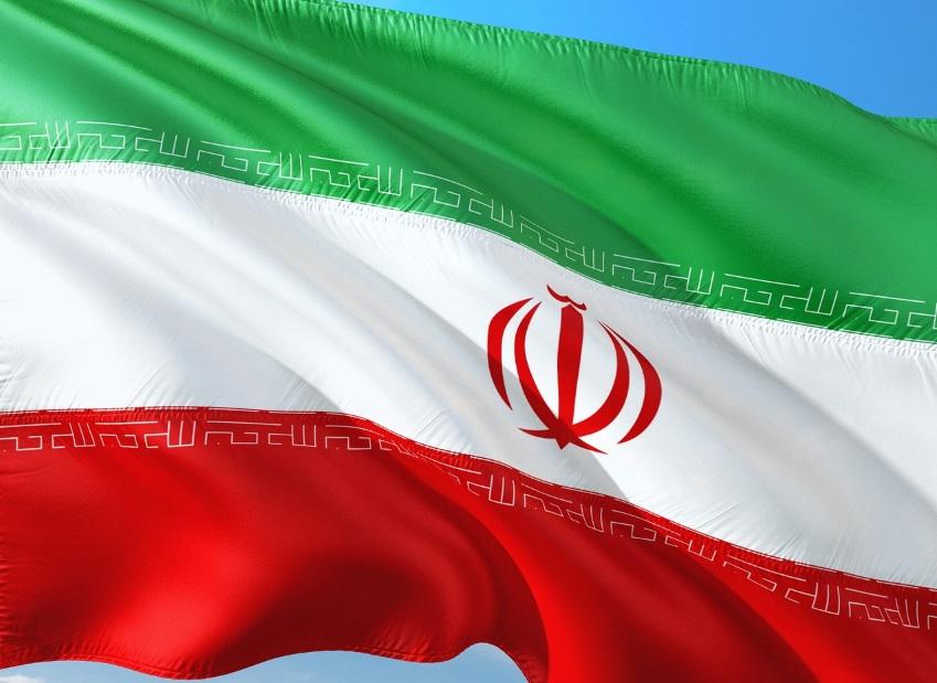 Irã é acusado de operação hacker que invade WhatsApp e Telegram