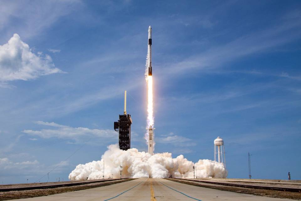 SpaceX lança novo satélite de GPS nesta sexta; acompanhe ao vivo