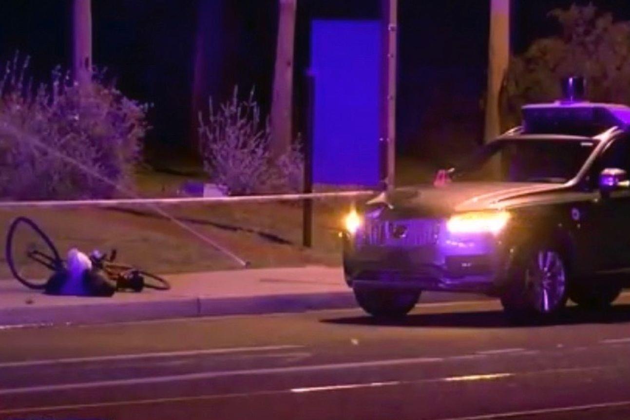 Carro autônomo mata pedestre: quem é o culpado?