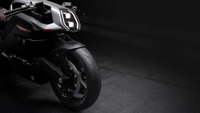 A moto elétrica da Arc roda 436 km com uma carga.