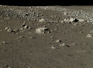 Images made with the panoramic camera of the Yutu rover (Chang'e 3 mission), from the Chinese space program, show the surface of the Moon.
