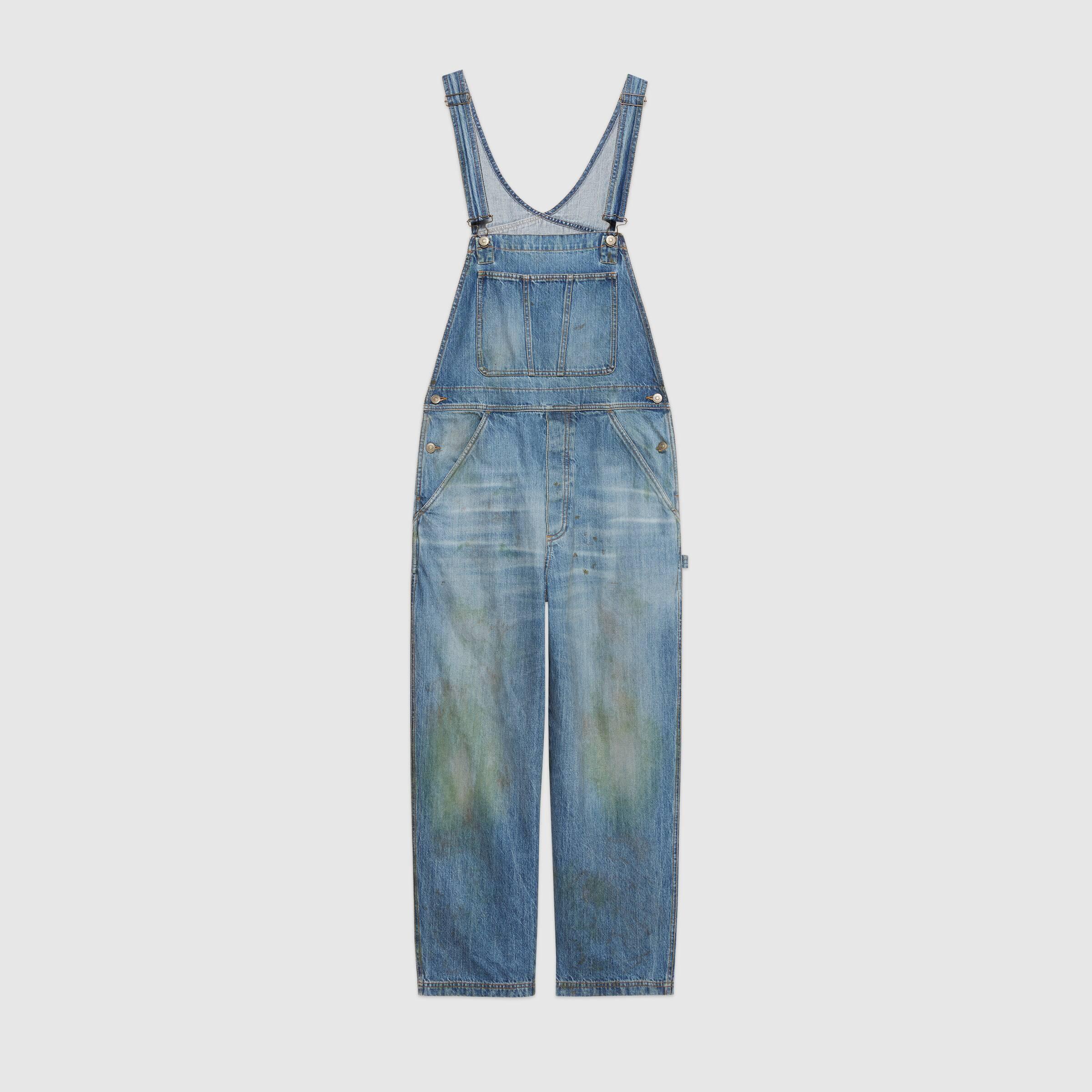 Macacão jeans vendido pela Gucci